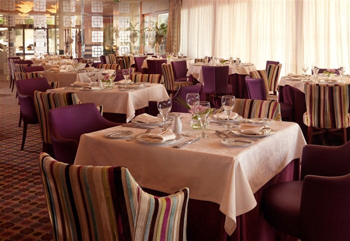 Greece athens divani apollon palace thalasso for Apollon greek and european cuisine